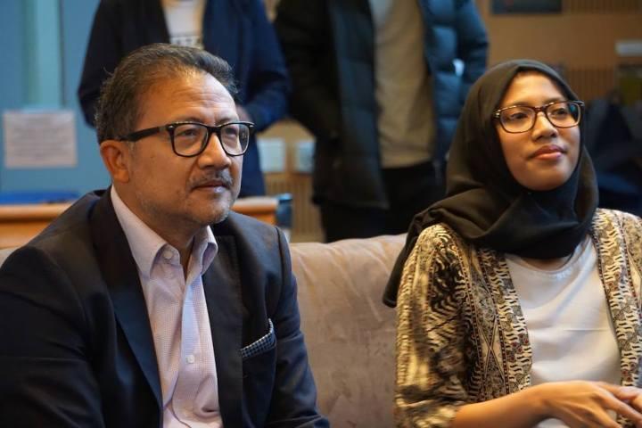 Dubes RI Y. Kristiarto S. Legowo beserta Ketua PPIA ACT Yuhan Farah Maulida
